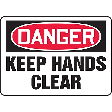 Safety Signs and Identification, Equipment, Danger; Keep hands clear, SAU029