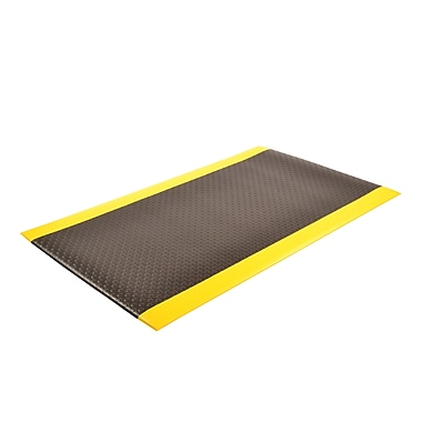 Superior Manufacturing NoTrax Bubble Sof-Tred, 3' x 5', Black/Yellow (417S0035BY)