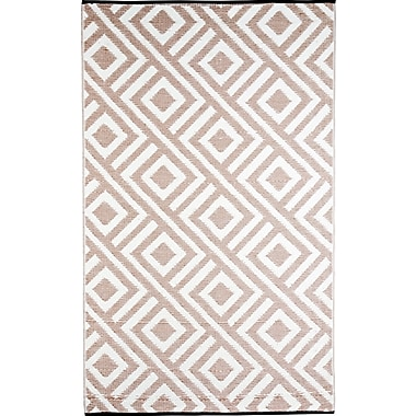 b.b.begonia Malibu Reversible Design Beige/White Outdoor Area Rug; 4' x 6'
