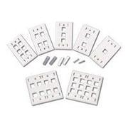 C2G ® 4-Port Single Gang Multimedia Keystone Wall Plate, White (03413)