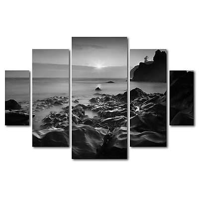 Trademark Fine Art ''Sunset At Ruby Beach'' by Moises Levy 3.3' x 4.8' Multi Panel Art Set (ALI0080-P5-SET)