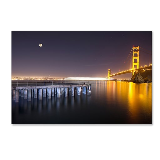 "Trademark Fine Art ''Golden Gate Pier and Stars'' by Moises Levy 16"" x 24"" Canvas Art (ALI1113-C1624GG)"