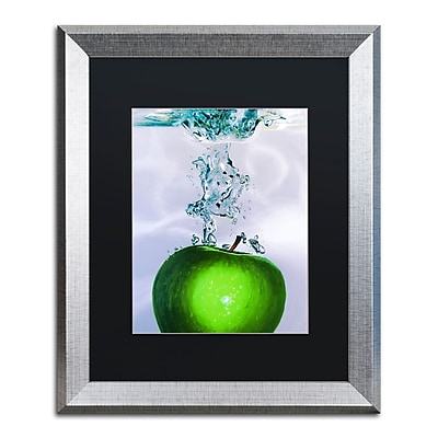 Trademark Fine Art ''Apple Splash II'' by Roderick Stevens 16