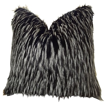 Plutus Brands Wolf Fur Handmade Throw Pillow ; 22'' H x 22'' W