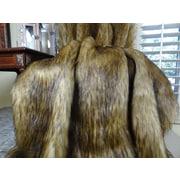 Plutus Brands Mountain Coyote Handmade Throw; Queen