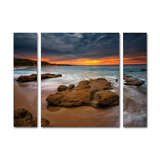 "Trademark Fine Art ''Beach at Sunset 5'' by Lincoln Harrison 24"" x 32"" Multi Panel Art Set (886511905092)"