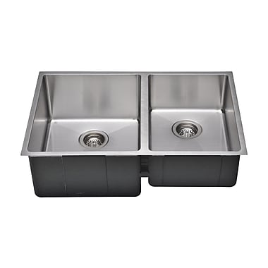 WELLS SINKWARE Chef's Series 30'' x 19'' 55/45 Farm Double Bowl Kitchen Sink