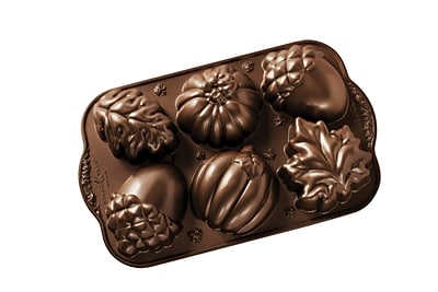 Nordic Ware Autumn Treats Non-Stick Cake Pan