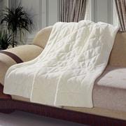 De Moocci Velvet Quilted Throw Blanket; Cream