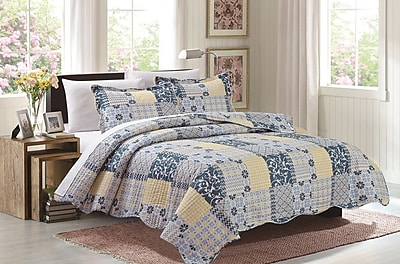 Glory Home Design Maya 3 Piece Reversible Quilt Set; King