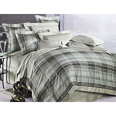The St. Pierre Home Fashion Collection Oxford 3 Piece Reversible Duvet Cover Set; Queen