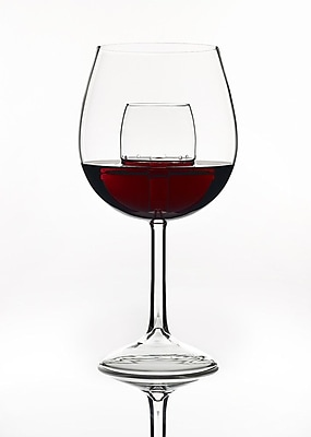 Chevalier Collection, Ltd. Indoor Entertaining Sommelier 7 oz. Aerating Wine Glass (Set of 2)