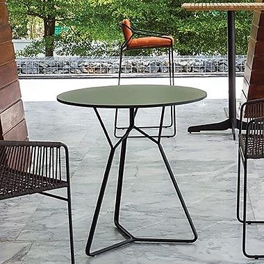 OASIQ Serac 72 Dining Table; Anthracite/Nordic Black