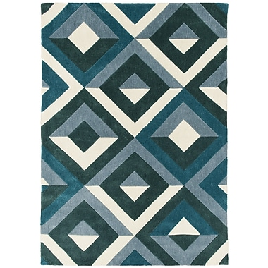 Brady Home Hand Carved Diamond Teal/White Area Rug; 8' x 10'
