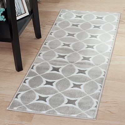 Lavish Home Geometric Area Rug - Grey & White - 1'8