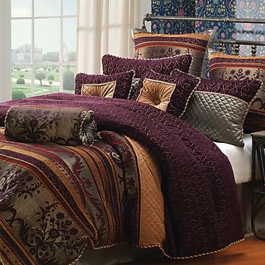 Hallmart Collectibles Petra Comforter Set; King