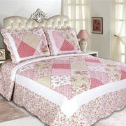 United Curtain Co. Emily Reversible Quilt Set; Full/Queen