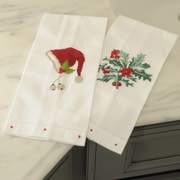 The Designs of Distinction Holly Bunch Guest Towel (Set of 2)