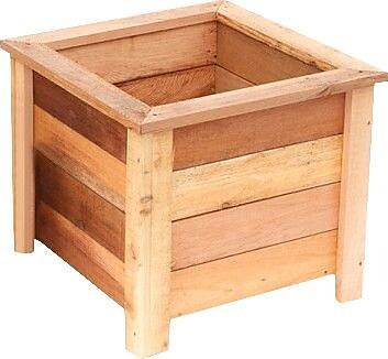 Susquehanna Garden Concepts Cedar Planter Box; Large WYF078278275283