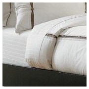 The Well Dressed Bed Resort Cotton 8 Piece Duvet Set