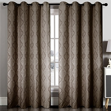 Home Sweet Home Dreams Indoor/Outdoor Blackout Single Curtain Panel; Chocolate