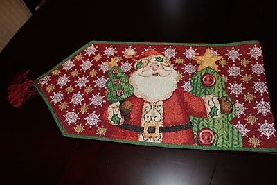 Tache Home Fashion Santa Claus is Coming to Town Table Runner