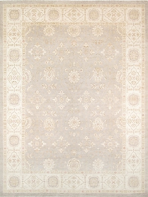 Pasargad Ferehan Hand-Knotted Light Gray/Ivory Area Rug