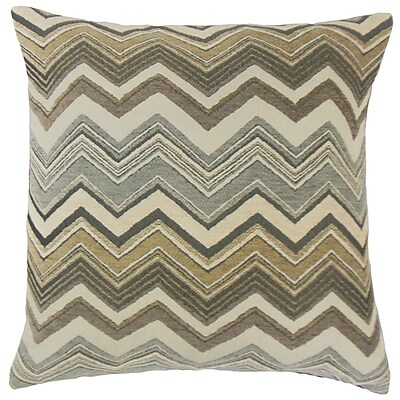 The Pillow Collection Saroja Zigzag Throw Pillow; 18'' x 18''