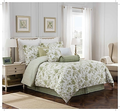Royal Heritage Home Williamsburg ''Burwell'' 4 Piece Comforter Set; King