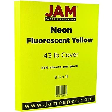 JAM PaperMD – Papier cartonné Neon Cromatica, fini vélin, 8-1/2 x 11 po, jaune fluorescent, 250 feuilles/rame