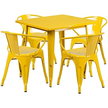 Flash Furniture – Table carrée en métal 31,5 po et 4 chaises à accoudoirs, int/ext, jaune (ET-CT002-4-70-YL-GG)