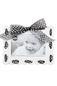 Mishu Designs Ribbon Magnet Picture Frame; White