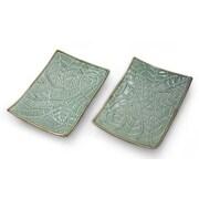 Novica Betel Leaf Hand-crafted Ceramic Platter (Set of 2)