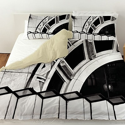 Manual Woodworkers & Weavers Urban Detail Arch Duvet Cover; King