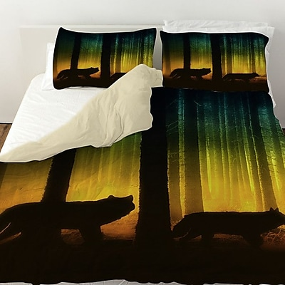 Manual Woodworkers & Weavers Tracking Wolves Duvet Cover; Twin