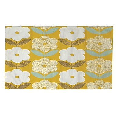 Manual Woodworkers & Weavers Jar of Sunshine Vintage Blossoms Yellow/White Area Rug; 4' x 6'