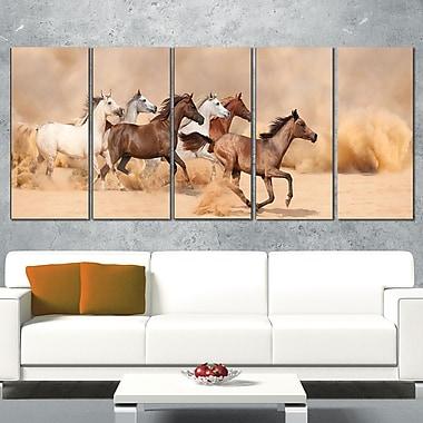 Art mural en métal, troupeau qui galope dans la tempête de sable, photographie