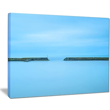 DesignArt 'Concrete Pier and Stairs' Photographic Print on Wrapped Canvas; 30'' H x 40'' W x 1'' D