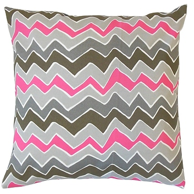 The Pillow Collection Ishik Zigzag Cotton Throw Pillow; 24'' x 24''