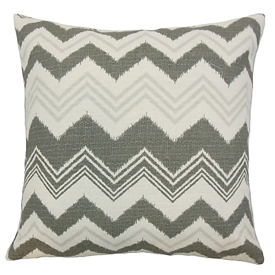 The Pillow Collection Quirindi Zigzag Cotton Throw Pillow; 24'' x 24''