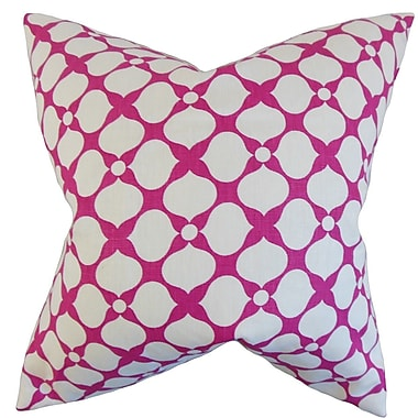 The Pillow Collection Qiturah Geometric Linen Throw Pillow; 22'' x 22''