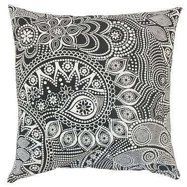 The Pillow Collection Qacha Geometric Cotton Throw Pillow; 24'' x 24''