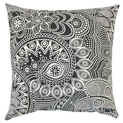 The Pillow Collection Qacha Geometric Cotton Throw Pillow; 22'' x 22''