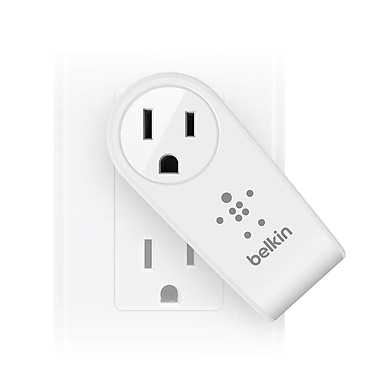 Belkin™ BOOST UP™ 2 Port Swivel Charger/Outlet, White (F8M102TT)
