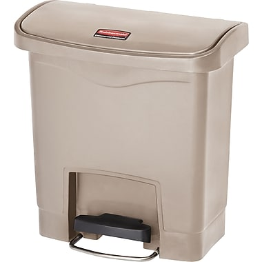 Rubbermaid Slim JimMD – Bac à ordures Step-On, en résine, pédale à l'avant, 4 gallons, beige (1883455)