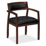 basyx by HON® – Fauteuil visiteur VL852 en bois, cuir acajou/noir SofThread™ (BSXVL852NSB11)
