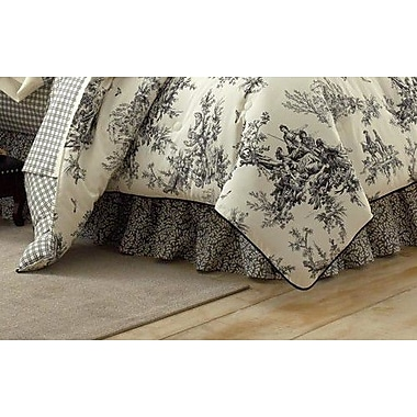 Thomasville At Home Bouvier 4 Piece Comforter Set; King