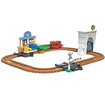 Spin Master™ Paw Patrol Adventure Bay Railway Track Set with Exclusive Vehicle (6028629)