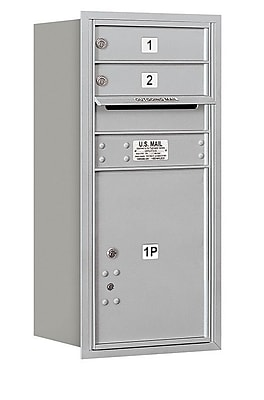Salsbury Industries 2 Door Rear Load 4C Horizontal Mail Center w/ 1 Parcel Locker; Aluminum