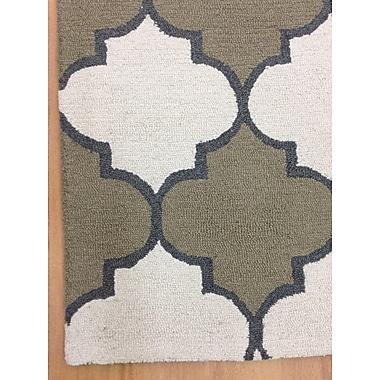 Eastern Weavers Wool Hand-Tufted Ivory/Green Area Rug; 5' x 8'